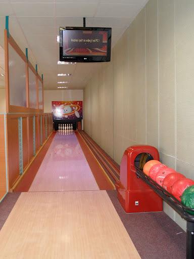 bowling1-2