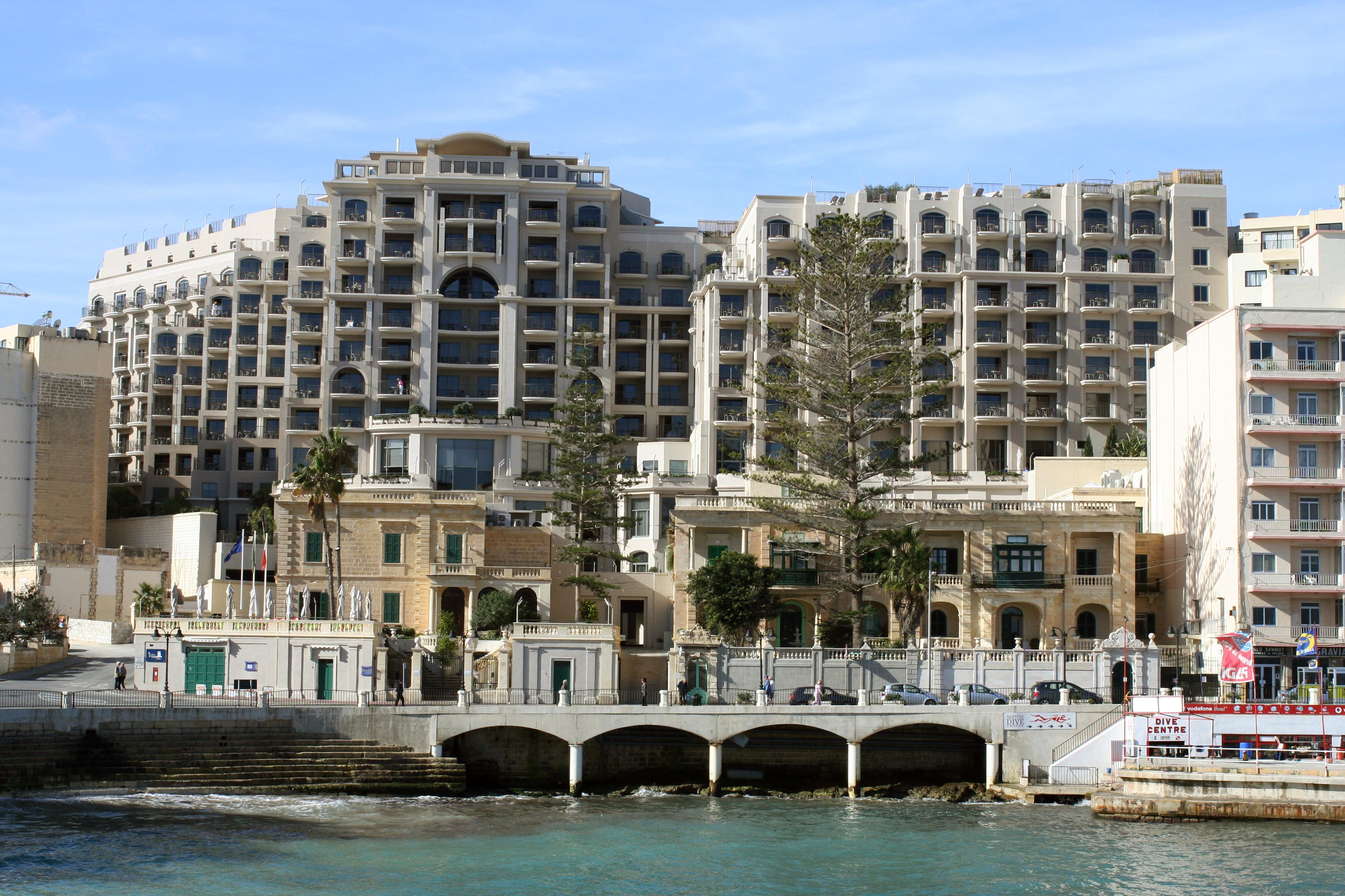 malta-stjulians-hotels-213-2